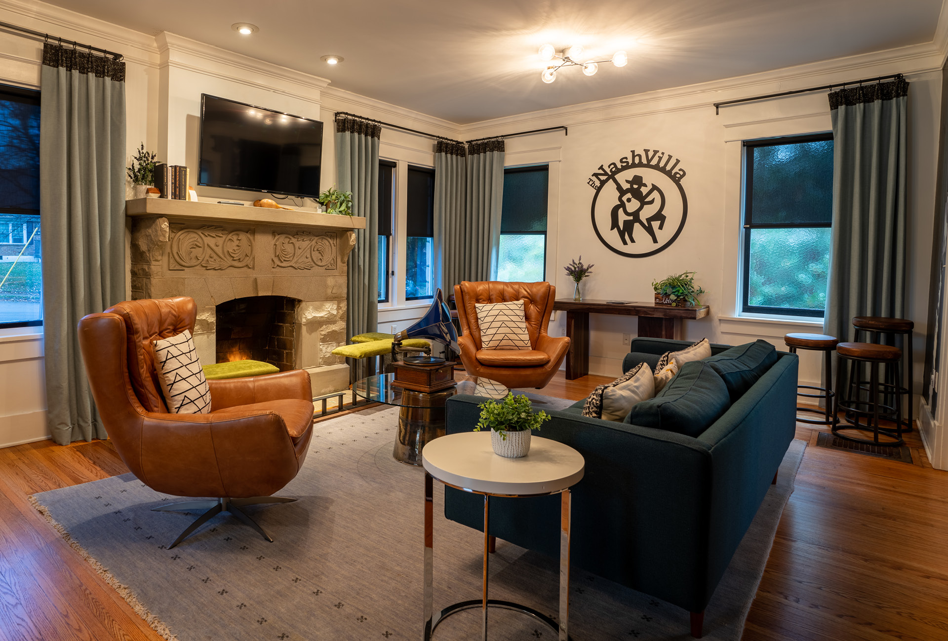 The warm main room of The NashVilla